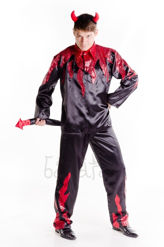 Devil in the fire Halloween costume for man