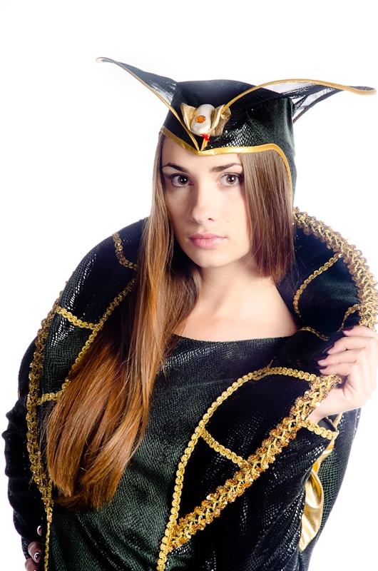Костюм змеи(королевской кобры)